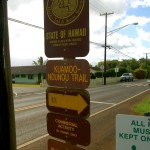 Trail marker for Kuamoo-Nounou trail